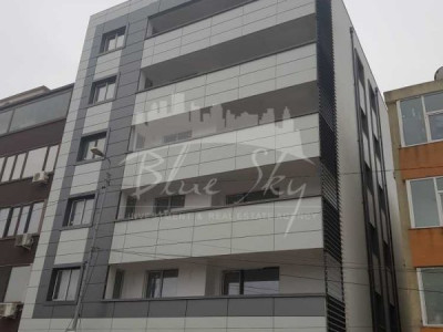Apartament 3 camere zona KM 4-5