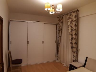 Tomis Nord apartament cochet cu loc de parcare