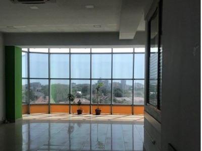 Ultracentral - Bd. Mamaia, spatiu  birouri, etaj 4, 160 mp.