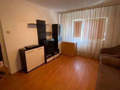 Zona Inel 2 ,apartament cu 3 camere