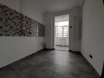 Centru- apartament complet renovat