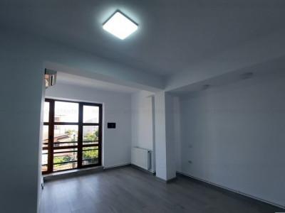 Casa de Cultura, spatiu birouri, 99 mp. , 4 camere