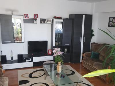 Zona Icil , apartament cu 3 camere