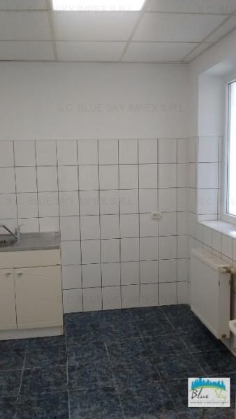 Ultracentral - spatiu birouri, 60 mp., renovat