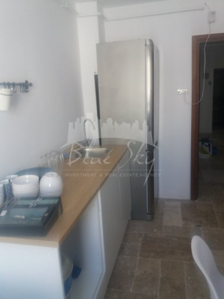 Cazino, apartament 4 camere, etaj 3, renovat, mobilat, utilat