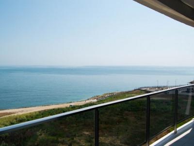 Apartament cu vedere frontala la mare