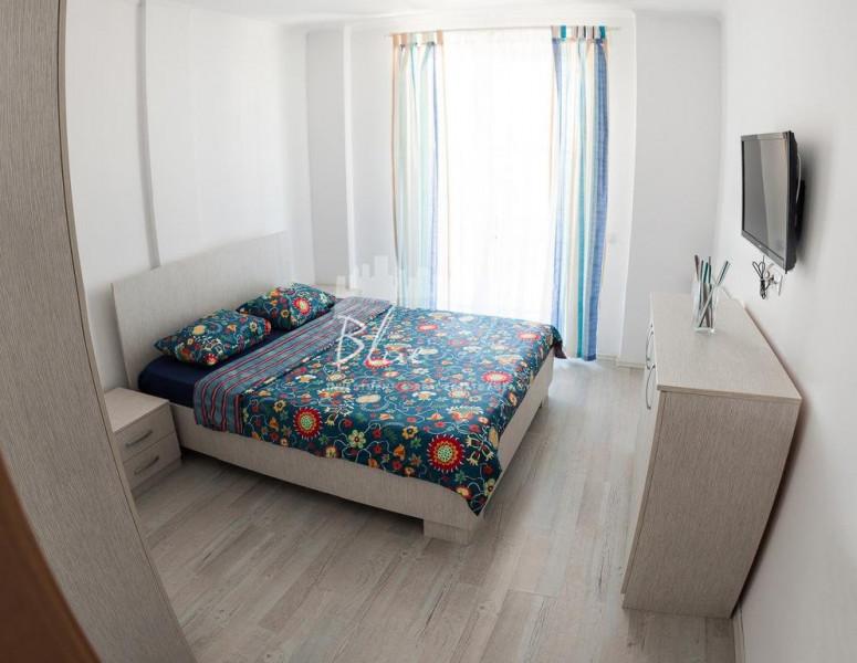 Zona Mamaia Nord , apartament cu 2 camere .