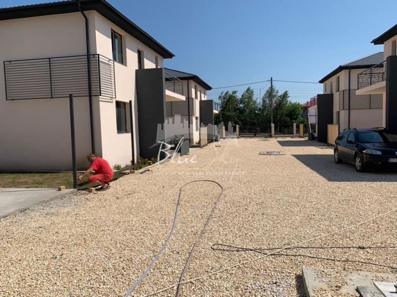 Zona Lumina , complex de 6 vile
