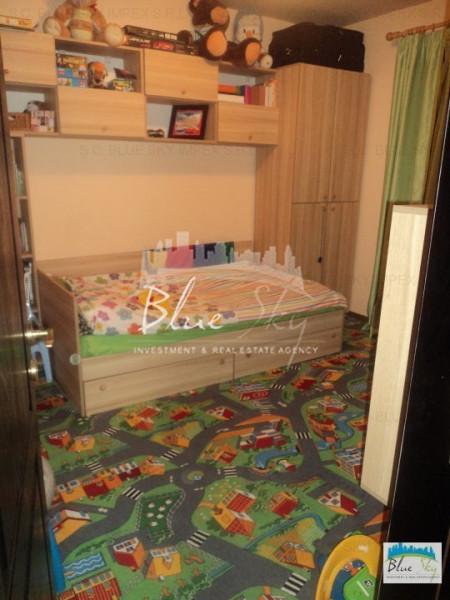 Poiana, imobil 4 camere, BCA - 2012